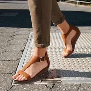 Kenneth Cole Reaction Great City Wedge Sandal